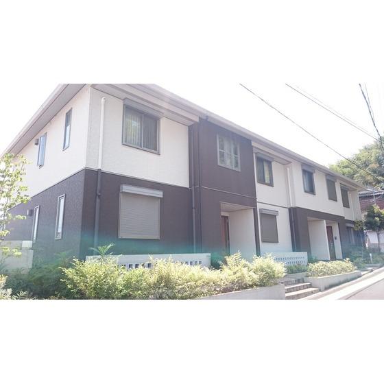 関西本線 王寺駅(バス4分 ・王寺本町2丁目停、 徒歩4分)