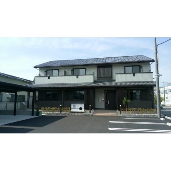 富山県射水市三ケ1K