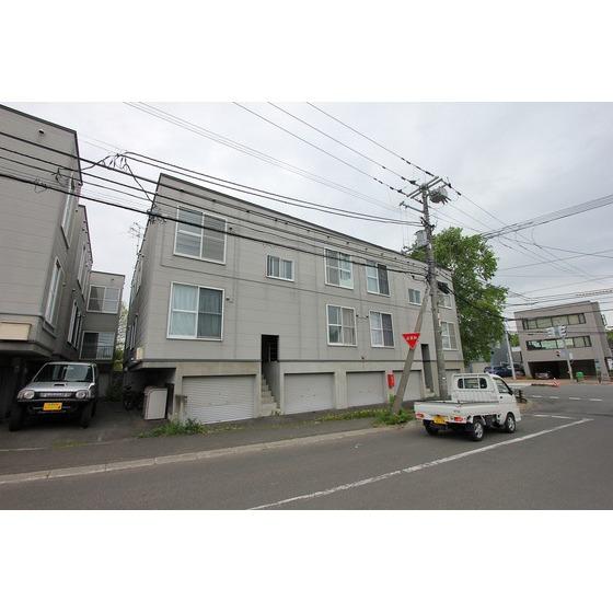 千歳線 北広島駅(徒歩10分)