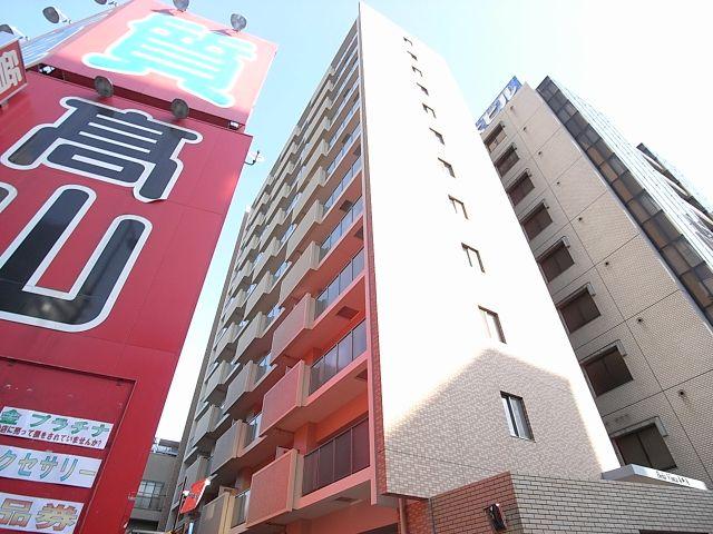 福岡市空港線 博多駅(徒歩15分)