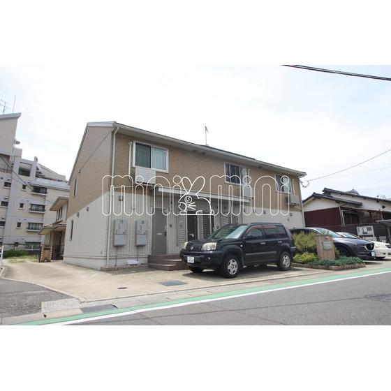 西鉄天神大牟田線 西鉄二日市駅(バス10分 ・下大利駅停、 徒歩3分)