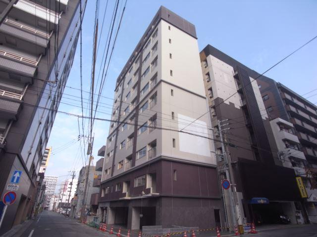 西鉄天神大牟田線 西鉄福岡(天神)駅(徒歩18分)