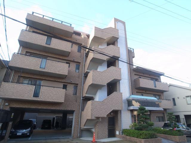 鹿児島本線 博多駅(バス16分 ・高宮二丁目停、 徒歩6分)