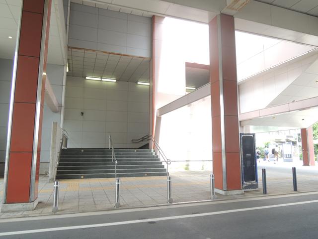小机駅のエリア情報3