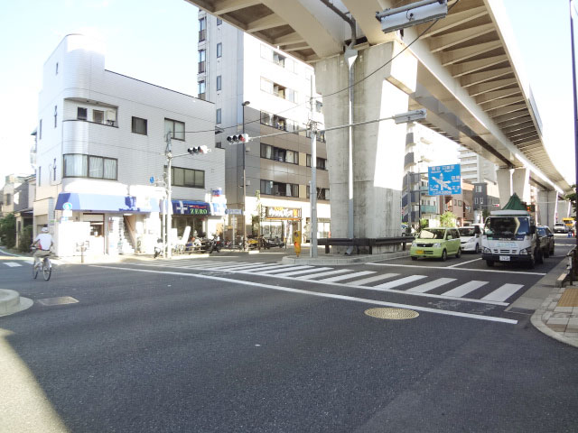 赤土小学校前駅のエリア情報3
