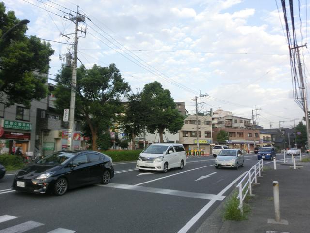 岸根公園駅のエリア情報3