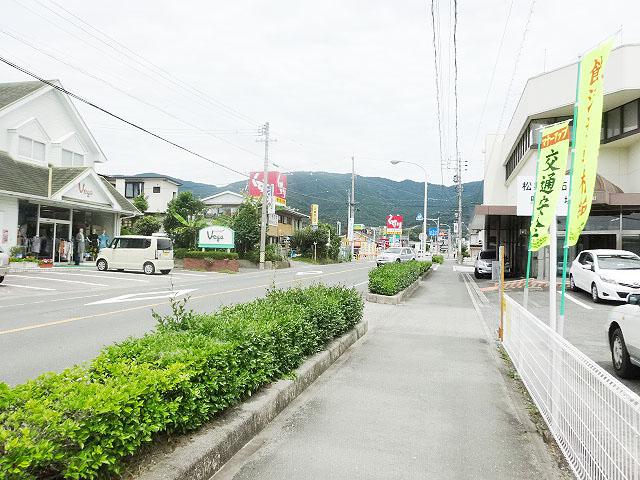 新城駅のエリア情報10