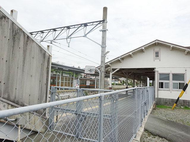 新城駅のエリア情報2