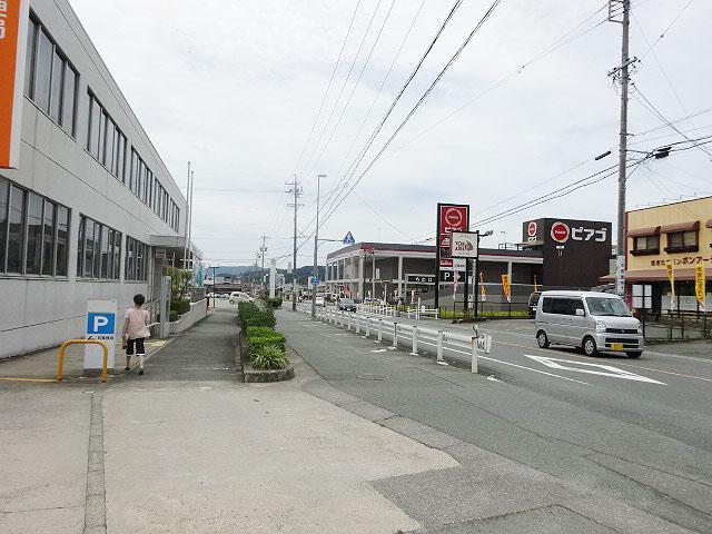 新城駅のエリア情報8