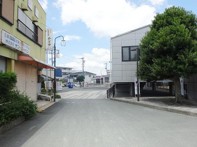 伊奈駅のエリア情報3