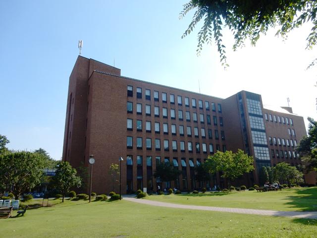 麗澤大学 写真